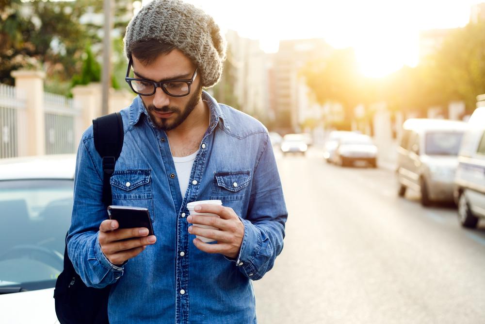 Millennials-man-mobile-coffee